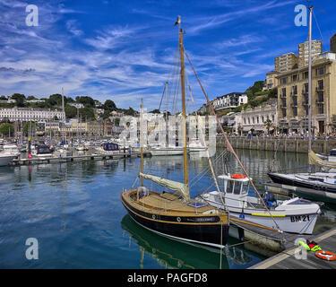 Go - DEVON: le port intérieur à Torquay (image HDR) Banque D'Images