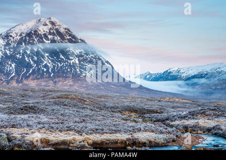 Le Buachaille Etive Mor à Glen Etive, Argyll, Highlands, Ecosse, Royaume-Uni, Europe. Banque D'Images