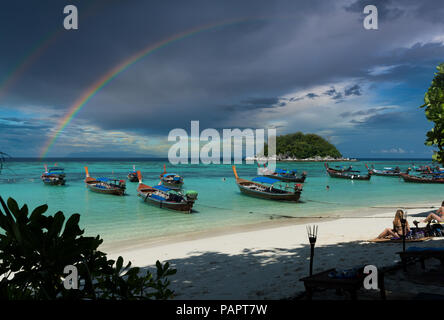Sunrise Beach Ko Lipe- Thaïlande