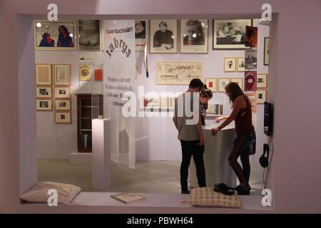 Berlin, Allemagne. 27 juillet, 2018. Schwules Museum, l'histoire de la cartographie (LGBT) des gays, lesbiennes, transexuels et bisexuels, à Berlin, Allemagne, le 27 juillet 2018. Crédit: Martin Weiser/CTK Photo/Alamy Live News Banque D'Images