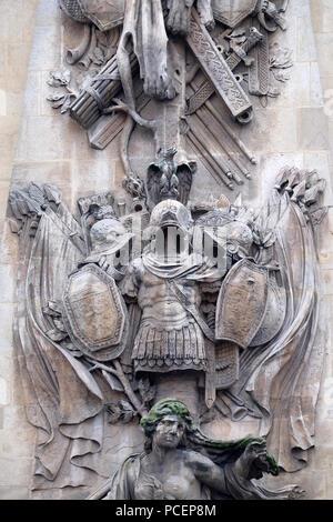 Détail de la Porte Saint Denis est un monument parisien situé dans le 10ème arrondissement de Paris, France Banque D'Images