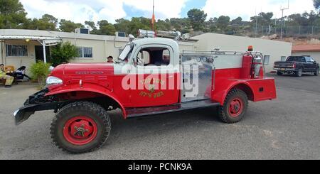Un vieux camion de pompiers dans le musée des Sapeurs-Pompiers, Israël