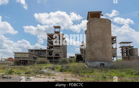 Ancien quartier industriel abandonné sur l'île de la Sardaigne Banque D'Images