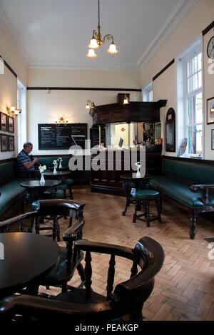 Buvette sur Loughborough Gare la ligne du patrimoine mondial pour l'abri des boissons et des repas