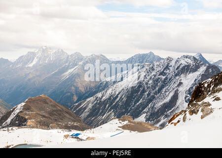 Station de ski dans les montagnes des Alpes de Stubai, l'Autriche, Banque D'Images