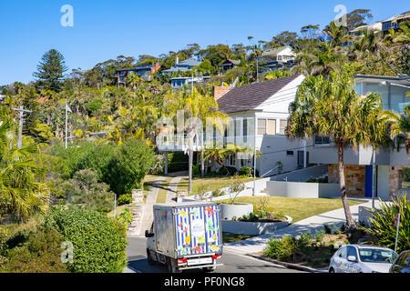 Luxe et cher maisons résidentielles dans la banlieue de Sydney Whale beach sur plages du nord de Sydney, Australie Banque D'Images