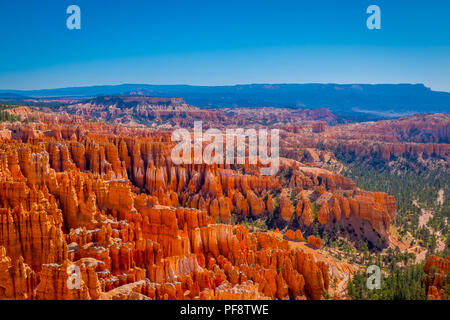 Superbe vue sur Inspiration Point Parc National de Bryce Canyon à l'Utah Banque D'Images