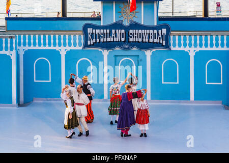 Burnaby Danse folklorique internationale, l'étape de Kitsilano Showboat, Kitsilano, Vancouver, British Columbia, Canada Banque D'Images