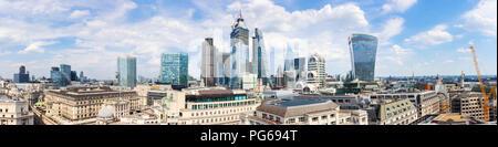 Ville de London Stock Exchange, Tour, tour 42, 22 et 100 Bishopsgate, Cheesegrater, Scalpel, édifice Willis, 20 Gracechurch Street, talkie walkie Banque D'Images