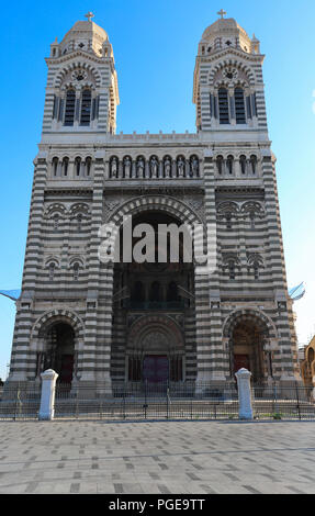 La vue de la cathédrale de Marseille, Sainte-Marie-Majeure, également connu sous le nom de la Major. Banque D'Images