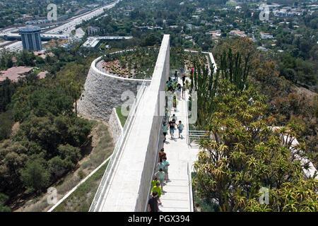 Une vue sur le musée Getty bridge et la ville de Los Angeles en Californie Banque D'Images