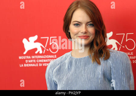 L'Europe, Italie, Lido di Venezia, 30 août, 2018 : Emma Stone au photocall du film 'La Favorite' directeur Yorgos Lanthimos. 75e Festival International du Film de Venise Photo © Ottavia Da Re/Sintesi/Alamy Live News Banque D'Images
