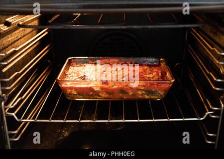 L'aubergine dans un plat napolitain traditionnel de la cuisine italienne Banque D'Images