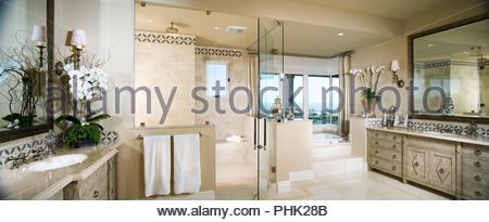 Salle de bains de luxe Banque D'Images