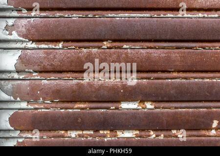 Old rusty porte de garage Banque D'Images