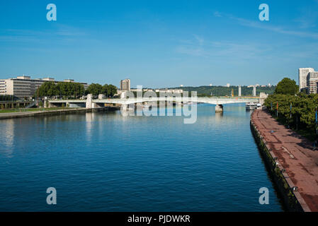 Jeanne d'Arc pont sur Seine à Rouen
