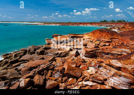 Les roches colorées à Gantheaume Point à Broome. Banque D'Images