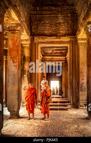 L'Asie, Cambodge, Angkor Wat, Prêtre Banque D'Images