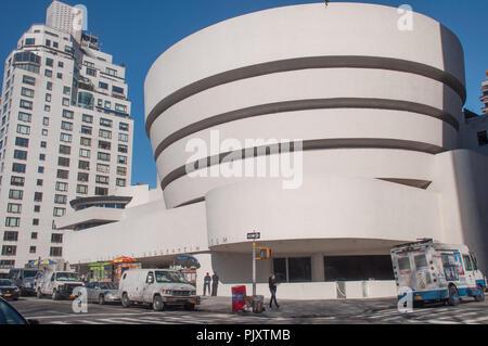 13 Apr 2016 - New York, USA: Musée Solomon R. Guggenheim sur la 5e Avenue.