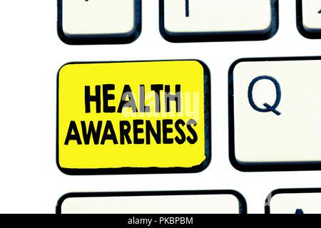 Signe texte montrant la sensibilisation aux questions de santé. Photo conceptuelle La promotion de questions communautaires et des mesures préventives. Banque D'Images