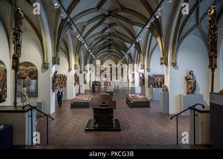 Hall avec l'art religieux médiéval, Musée National, Munich, Haute-Bavière, Bavière, Allemagne Banque D'Images