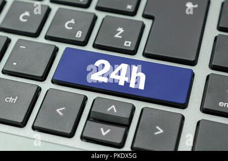 24h bouton de l'ordinateur. Banque D'Images