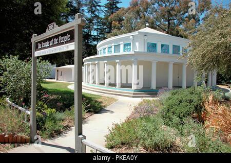 La côte de la Californie centrale, Halcyon Hall de réunion pour le véritable temple du peuple groupe religieux et les dunites de l'Oceano dunes de sable Banque D'Images