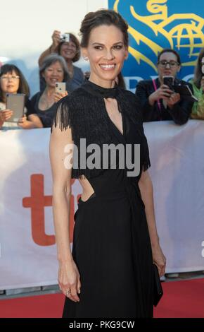 Hilary Swank assiste à la première de 'ce qu'ils ont dit pendant le 43e Festival International du Film de Toronto, tiff, au Roy Thomson Hall à Toronto, Canada, le 12 septembre 2018. Dans le monde d'utilisation | Banque D'Images