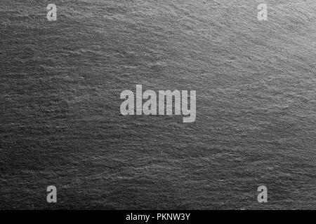 Black slate rock d'arrière-plan ou la texture. Banque D'Images