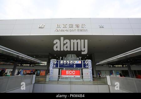 OSAKA;JAPON ,NOV 11:la façade de la gare de l'aéroport du Kansai à Osaka le 11 novembre 2015. L'aéroport de Kansai est à une gare principale partagée par Nank Banque D'Images