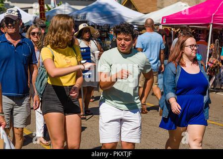 Memphis, Tennessee. 15 septembre 2018. Cooper-Young Festival 2018, Memp.Son, New York. Le plus grand festival d'une journée dans le Tennessee. Gens profitant de la dernière de l'été avec l'art, de l'alimentation et de la bonne musique. Crédit: Gary Culley/Alamy Live News Banque D'Images