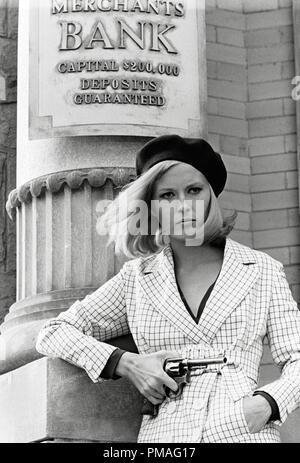 """Faye Dunaway, """"Bonnie et Clyde"""" 1967 Warner Bros. de référence de dossier 32633_914 THA Banque D'Images"""