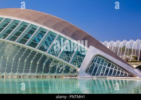 L'Hemisferic cinéma IMAX dans la Cité des Arts et des Sciences de Valence, Espagne Banque D'Images