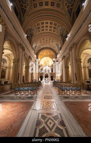 Une belle église à côté du buco della serratura, Rome, Italie. Banque D'Images