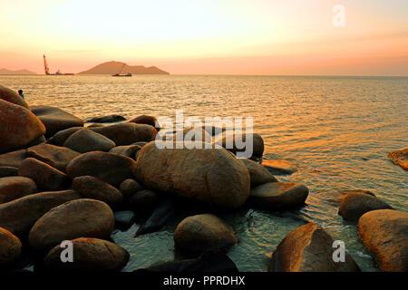 Beau coucher de soleil paysage marin. Composition de la nature Banque D'Images