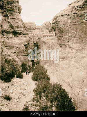 Petra. Bab-Es-Sik, l'entrée de la gorge. 1898, Jordanie, Petra, la ville disparue Banque D'Images