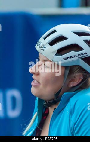 Glasgow, Ecosse, Royaume-Uni. 30 Septembre, 2018. Samantha à Kinghorn George Square au début de la course en fauteuil roulant 10k annuel dans la grande course écossais. Credit: Skully/Alamy Live News Banque D'Images