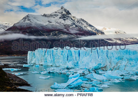 Perito Moreno Glacier National Park en automne. L'Argentine, Patagonie Banque D'Images