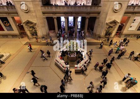 La ville de New York, USA - 8 octobre, 2017: Vue intérieure du Metropolitan Museum of Art de New York.