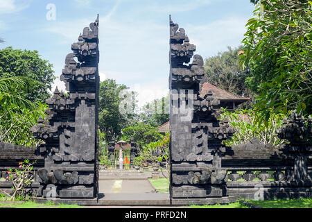 Temple Pura Goa Lawah. Grotte de chauves-souris à Bali, Indonésie Banque D'Images