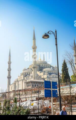 Vue extérieure de la basilique Sainte-Sophie (Ayasofya). C'est l'ex-Greek Orthodox Christian cathédrale patriarcale, plus tard une mosquée impériale ottomane. Banque D'Images