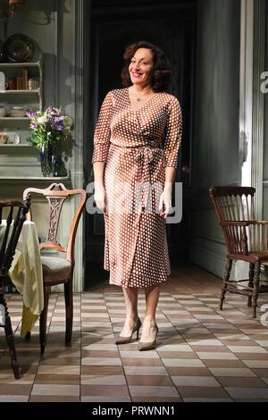 Londres, Royaume-Uni. 4ème Oct 2018. Lucy Cohu, la hauteur de la Tempête - Photocall, Wyndham's Theatre, Londres, Royaume-Uni, le 04 octobre 2018, photo de Richard Goldschmidt: Riche de crédit Gold/Alamy Live News Banque D'Images