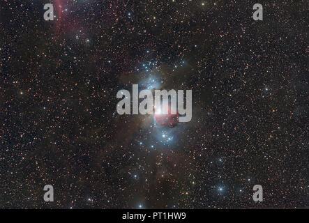L'astrophotographie, longue exposition, nébuleuse Messier 42 ou grande nébuleuse d'Orion Banque D'Images