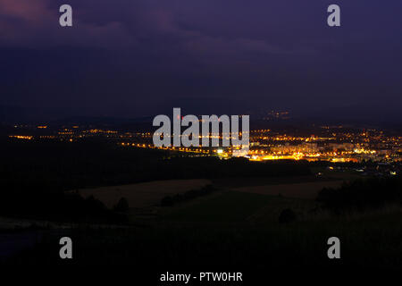 Abstract urban night light (un arrière-plan flou Banque D'Images