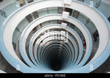 Vue intérieure d'Lai Tak Tsuen Road, Tai Hang, le quartier de Wan Chai, Hong Kong, un lotissement. Banque D'Images