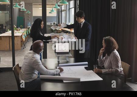 Au cours cadres chambre modèle dans la salle de conférence Banque D'Images