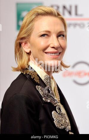 """Rome, Italie. 19 octobre 2018. Cate Blanchett assiste à la """"la chambre avec un réveil dans ses murs"""" photocall au 13ème Festival du Film de Rome à l'Auditorium Parco della Musica, le 19 octobre 2018 à Rome, Italie. Credit: Geisler-Fotopress GmbH/Alamy Live News Banque D'Images"""