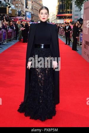 Rosamund Pike participant à la guerre privée Une Premiere dans le cadre de la BFI London Film Festival au cinéma Cineworld à Londres. Banque D'Images