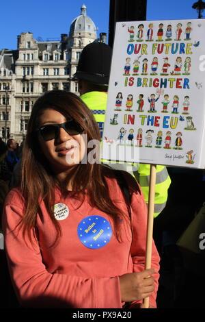 Londres, Royaume-Uni, 20 octobre 2018. Les manifestants se rassemblent dans la place du Parlement pour le vote du peuple mars contre Brexit, Londres, Royaume-Uni. Credit: Helen Garvey/Alamy Live News