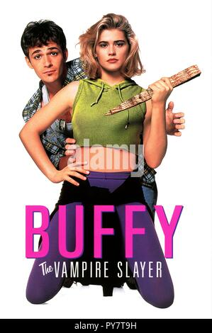 Titre original : Buffy the Vampire Slayer. Titre en anglais : Buffy the Vampire Slayer. Année : 1992. Directeur : Fran Rubel KUZUL. Stars : LUKE PERRY, Kristy Swanson. Crédit : 20TH CENTURY FOX / Album Banque D'Images